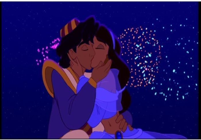 Aladdin_and_Jasmine_Kissing