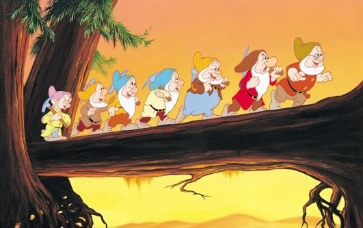 58f801f438 Snow White and the Seven Dwarfs vs. Sneewittchen – Disneyfied